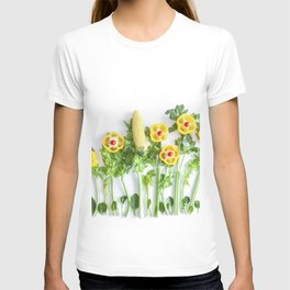 Peppers flower (35) T-shirt