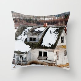 Usona Farm House 4 Throw Pillow