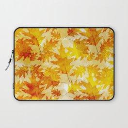 Autumn Oak Leaves Pattern Laptop Sleeve