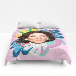 Yas Queen Gilmore! Comforters
