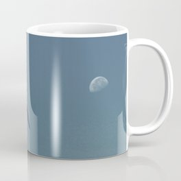 The seagull and the moon Coffee Mug