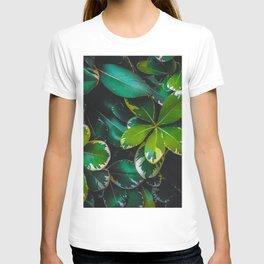 closeup green leaves texture background T-shirt
