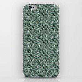 Graphic Old Fashioned Leaf Lattice Pattern iPhone Skin