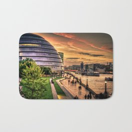 F O S T E R | architect | London City Hall Bath Mat