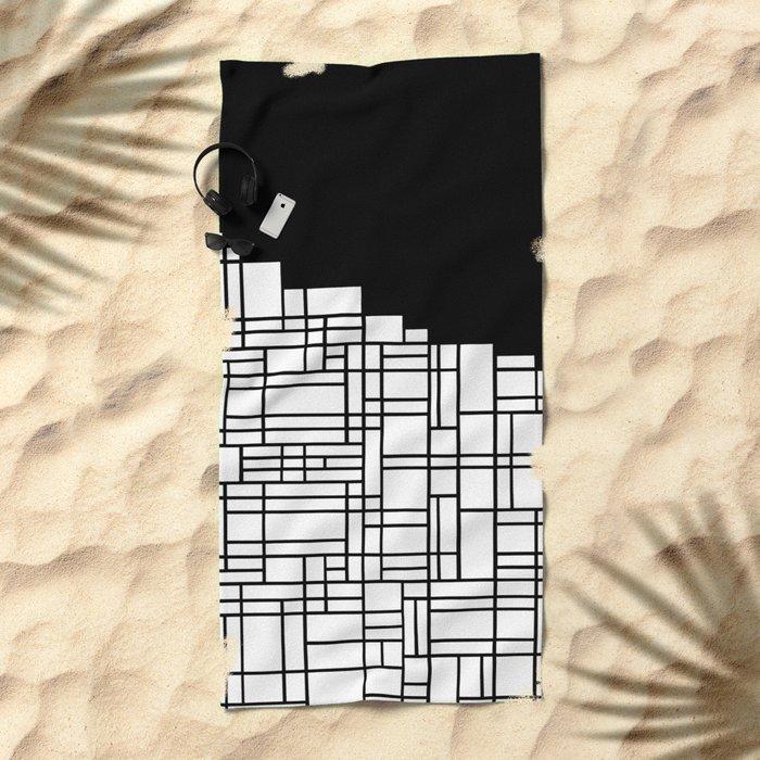 Map Black Boarder Beach Towel