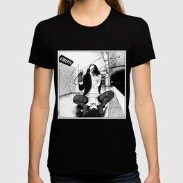 asc 589 - Une Américaine à Paris (My 4th of July in Paris) T-shirt