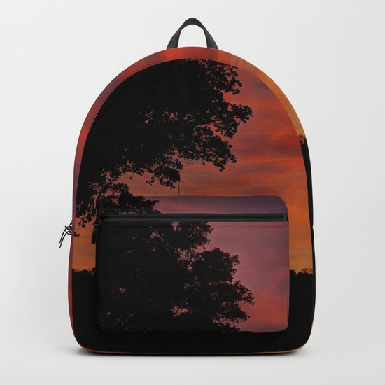 Gorgeous sunset in LOVE Backpack