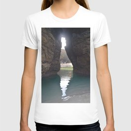 The cave at the Cathedral beach T-shirt