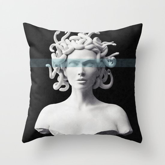 Medusa by underdott