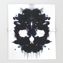 Rorschach skull dark Throw Blanket