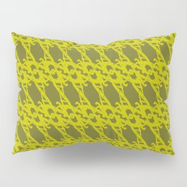 Braided diagonal pattern of wire and gold arrows on a yellow background. Pillow Sham