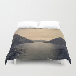 mountains - follow your heart Duvet Cover