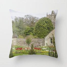 English Garden. Throw Pillow