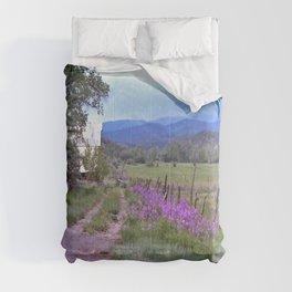 Dames Rocket Ranch by CheyAnne Sexton Comforters