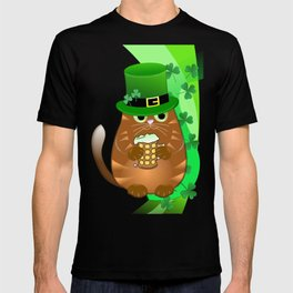 Sint Patrick's day cat with green top hat and drinking beer T-shirt