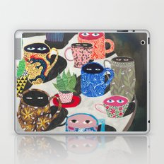 Suspicious mugs Laptop & iPad Skin