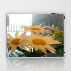 Chicago Daisies ~ flowers Laptop & iPad Skin
