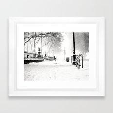 Snow - New York City - Bryant Park Framed Art Print