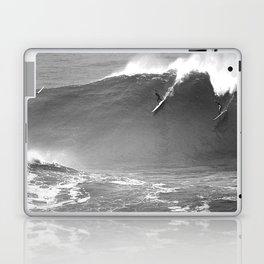 Mavericks Condition Black Laptop & iPad Skin