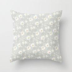 camomila Throw Pillow