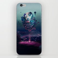 flying object iPhone Skin