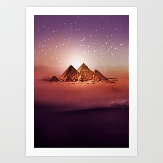 Station Pyramid Art Print