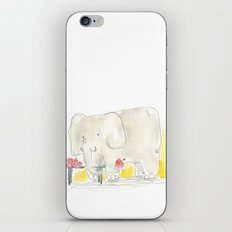Elephant loves apples iPhone & iPod Skin