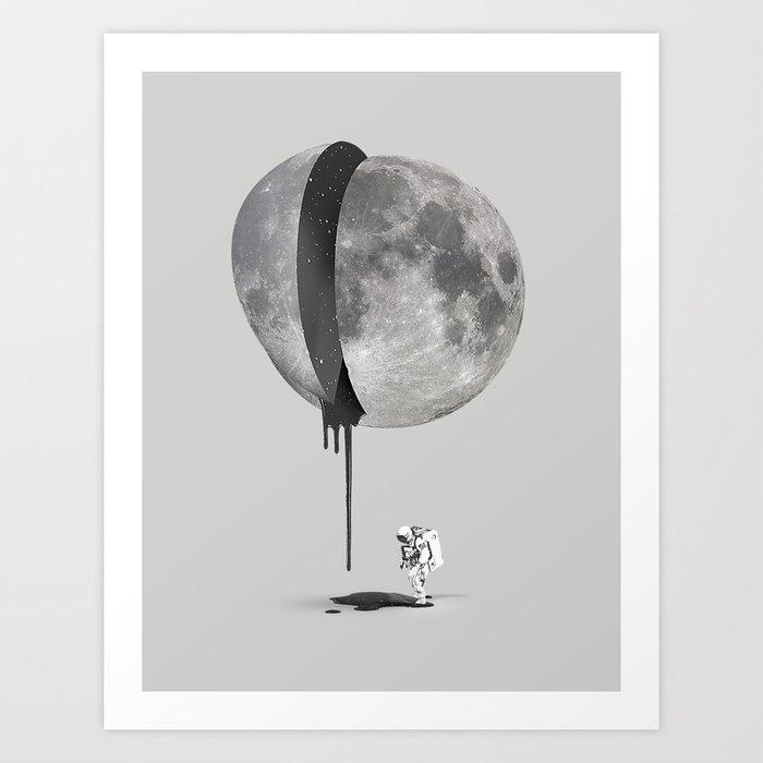 Discover the motif BLEEDING MOON by Robert Farkas as a print at TOPPOSTER