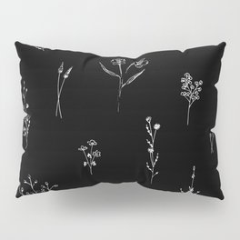 Black wildflowes Big Pillow Sham