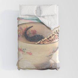 A Nice Cup of Gecko Comforters