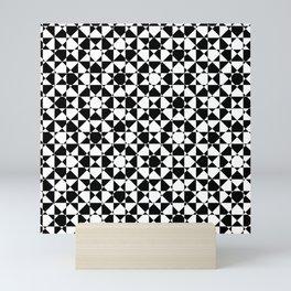 schwarz weiß kariert mz Mini Art Print