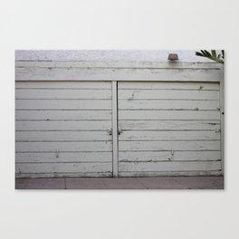 Los garajes blancos. Canvas Print