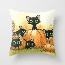 Black cats and pumpkins Throw Pillow