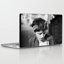 BW Laptop & iPad Skin