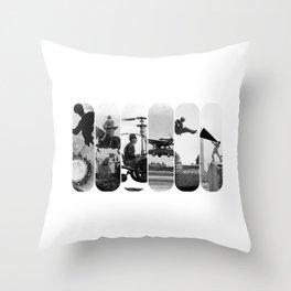 photo montage dans les airs Throw Pillow