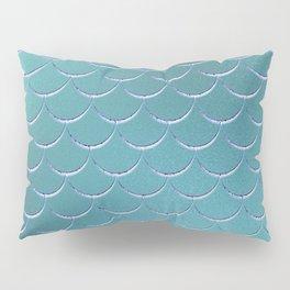 Minimalist Fish Scale Pattern in Iridescent Blue- Green 17 Pillow Sham