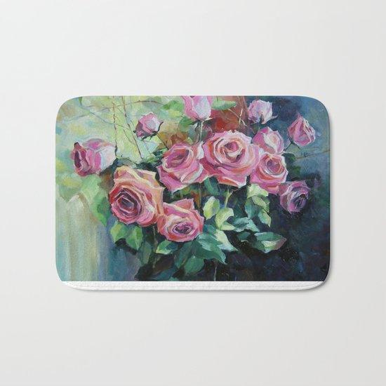 Bouquet of roses Bath Mat