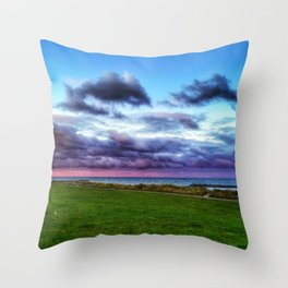 Last colours of the day Throw Pillow