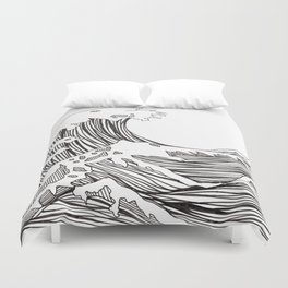 great big wave Duvet Cover