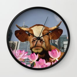 Singapur Skyline with Lotos Flowers and brown Cow Illustration Wall Clock