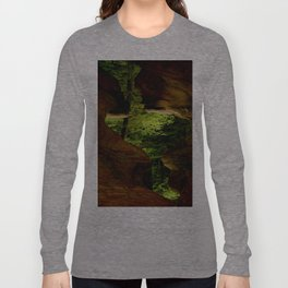 Cave-out Kiss Long Sleeve T-shirt