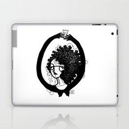 femme à lunettes. Laptop & iPad Skin