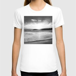 Leave nothing, but your footprints series - II.-  T-shirt