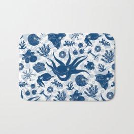 Cephalopods: Grunge Bath Mat