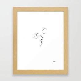 Kiss/beso/kuss/baiser/beijo/ Framed Art Print