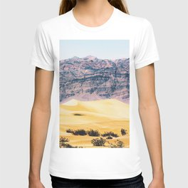 sand desert with mountain background at Death Valley national park, USA T-shirt
