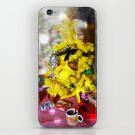 Happy Hufflepuff Christmas iPhone Skin