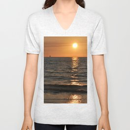 SUMMER SUNSET feeling - Baltic Sea Unisex V-Neck