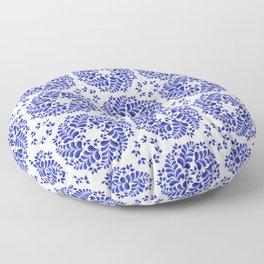 Round floral wreaths pattern Floor Pillow