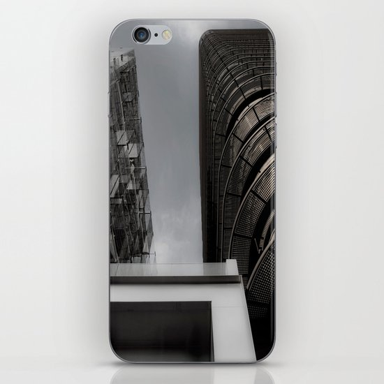Builds 5 iPhone & iPod Skin